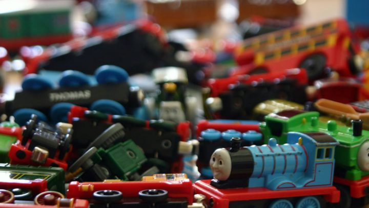 How to organize all those toys!