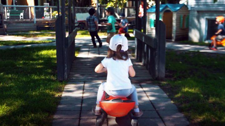 Comportements et entrée à la maternelle : comment aider les enfants